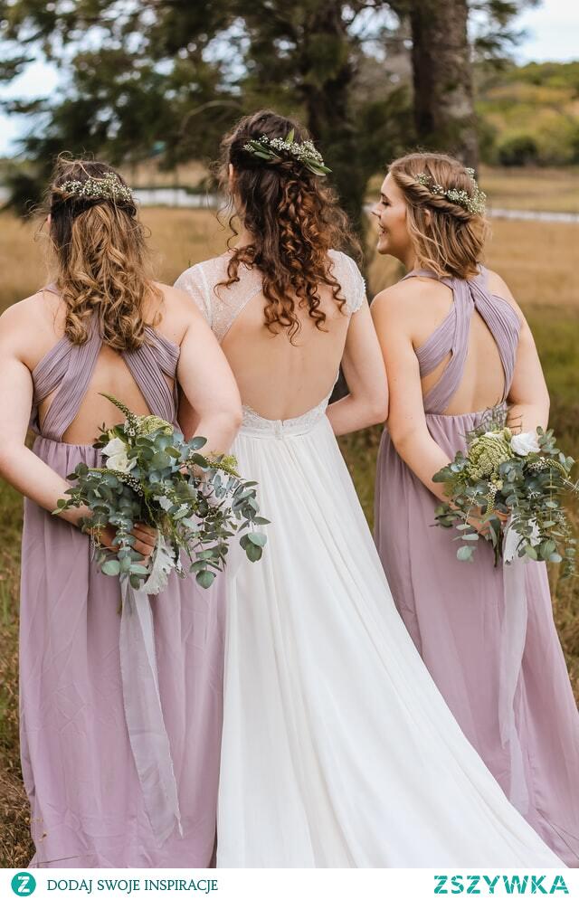 Sukienki na wesele – zasady ślubnego dress code
