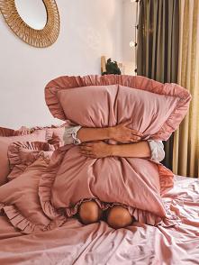 Poduszki z falbankami - tut...