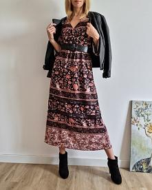 Sukienka dostępna na Vinted...