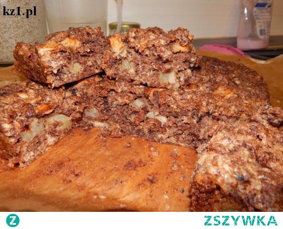 Ciasto Salceson - szybkie ciasto z kakao i jabłkami.