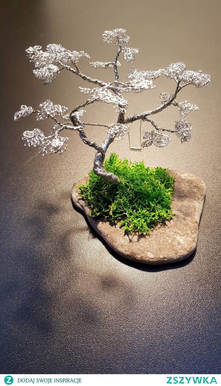 Własnoręcznie wykonane drzewko *.*