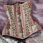 Okładka ladyardzesz corset