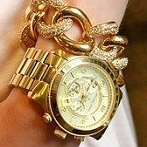 Okładka biżuteria :D