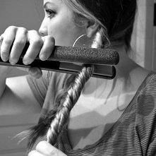 Jak zrobić falowane włosy z...
