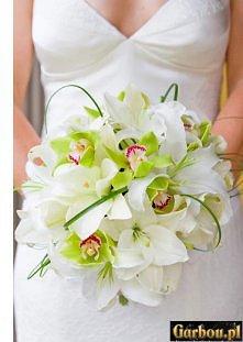 Lilie i storczyki