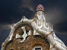 Worlds-Top-Strangest-Buildings