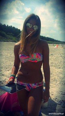 Bikini w neonowe liście <...