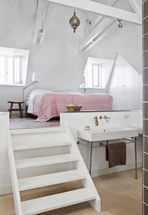 Sypialnia na podwyższeniu