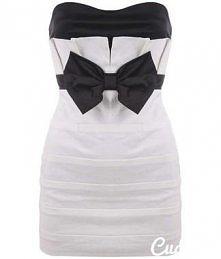 boska sukienka biała z czarna kokarda