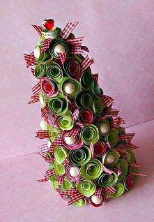 Choinka:) tak już świątecznie
