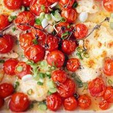 Kurczak marynowany w jogurcie i czerwonej papryce zapieczony w mozzarelli i z...