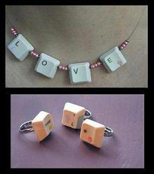Biżuteria z klawiszy klawia...