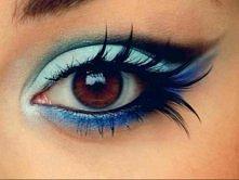 śliczny niebieski