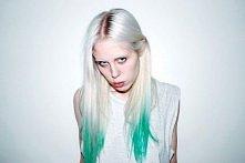 jak farbować włosy bibułą