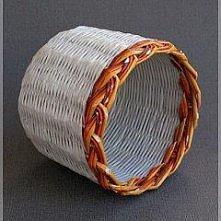 koszyczek z papierowej wikliny