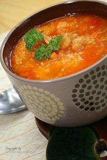 ostra zupa pomidorowa z kus...