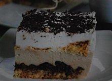 Ciasto kawowo-śmietanowe Biszkopt:    1 szklanka mąki 1 szklanka cukru 6 jaje...