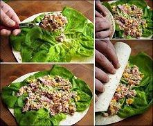 dietyczna roladka z salatą i tuńczykiem