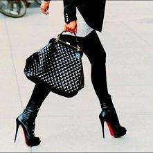 super modna czarna torebka