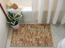 Ekologiczny dywanik łazienkowy - recykling po imprezowy.