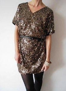 złota sukienka. szczegóły dostępne po kliknięciu w zdjęcie.