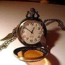 Piękny zegarek na łańcuszku z anielskimi skrzydełkami! Zapraszam!