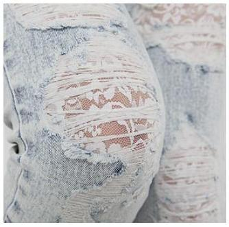 biała koronka . ciekawy pomysł . jeśli wasze ukochane jeansy