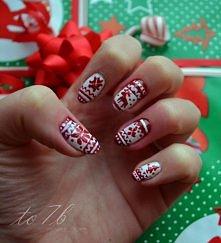 Świąteczne paznokcie w stylu norweskim