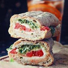 ciabatta + pomidor + mozzar...