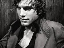 Ashton Kutcher - aktor.