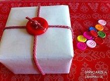 Pakowanie prezentów za pomo...