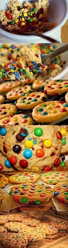 Ciasteczka! Genialnie proste! Jeżeli żyjecie w ciągłym pośpiechu i nie macie czasu na czasochłonne pieczenie ciast i ciasteczek - ten przepis jest dla Was! Mi skradł serce jak t...
