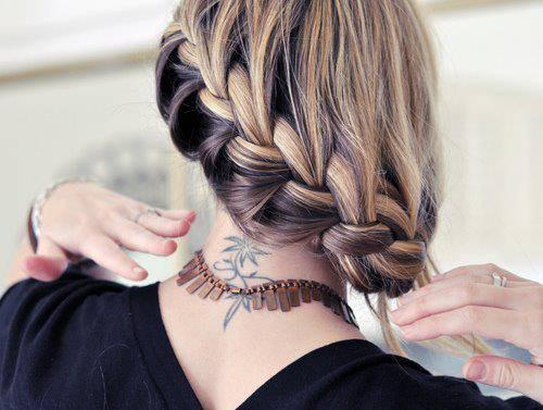 Na Szyi Tatuaż Na Damskie Tatuaże Zszywkapl