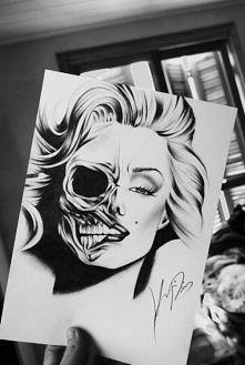 Marilyn Monroe skull face