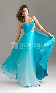 Piękna sukienka w stylu ombre .