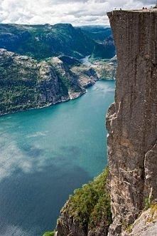 Preikestolen- Norwegia