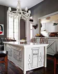 Bo najlepszą bazą jest stół! A dorobione materiałowe ścianki tworzą klimat ;)