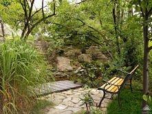 kącik w ogródku skalnym