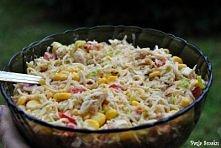 Składniki: makaron z 2 zupek chińskich filet z kurczaka puszka kukurydzy por ...