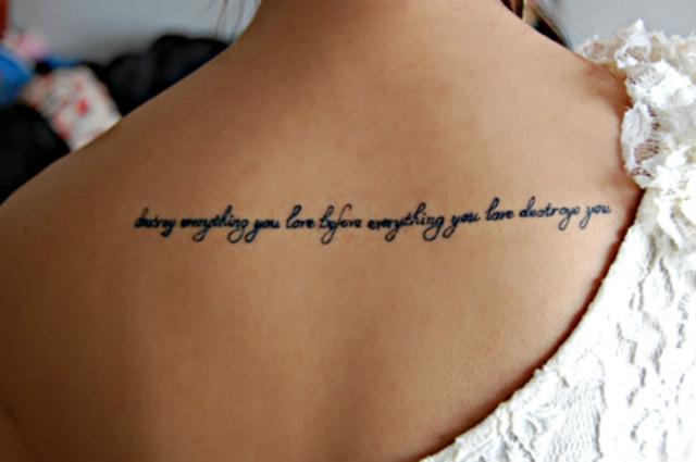 Tatuaż Na Plecach Na Damskie Tatuaże Zszywkapl