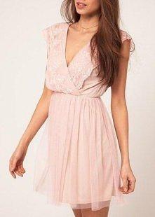 różowa romantyczna sukienka