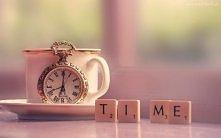 Zegarek, Scrabble, Filiżanka