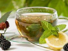 zielona herbata z miętą i limonką