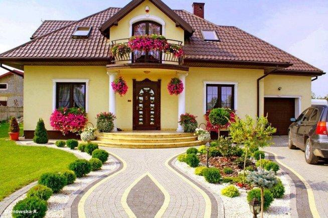 Przed domem na ogr d for Giardino casa classica