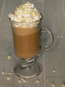 Mrożona kawa z lodami *.*  Składniki (na dwie kawy) 4 łyżeczki kawy rozpuszcz...