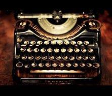 Stara maszyna do pisania. Piękna!