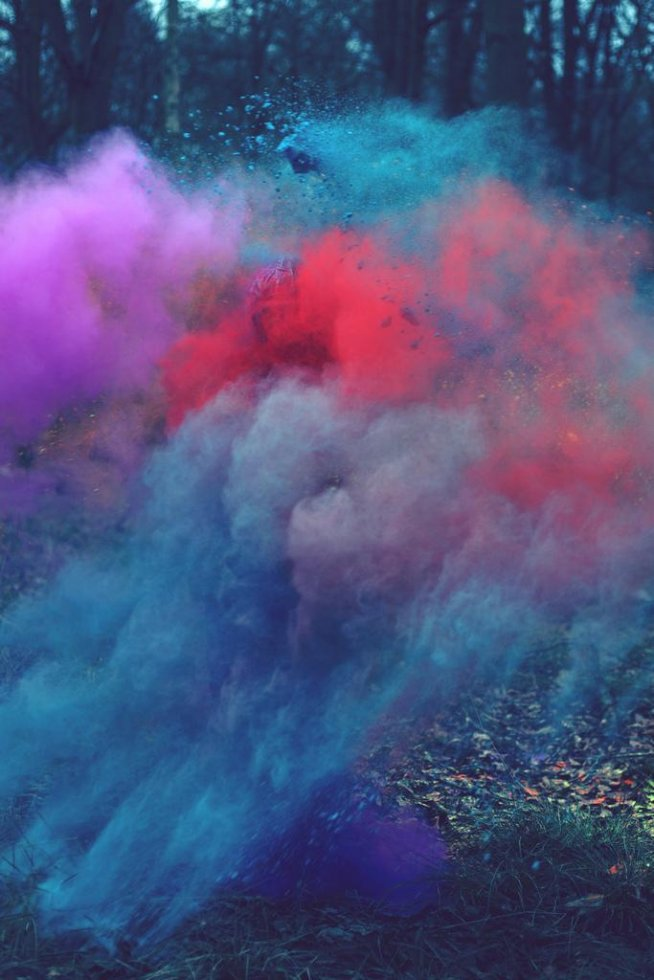 Kolorowy dym na Fotografia świata - Zszywka.pl