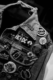 AC/DC ... <33