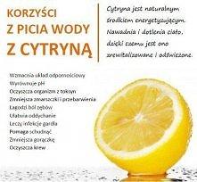 Korzyści z picia wody z cytryną