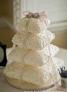 Poduszkowy tort.